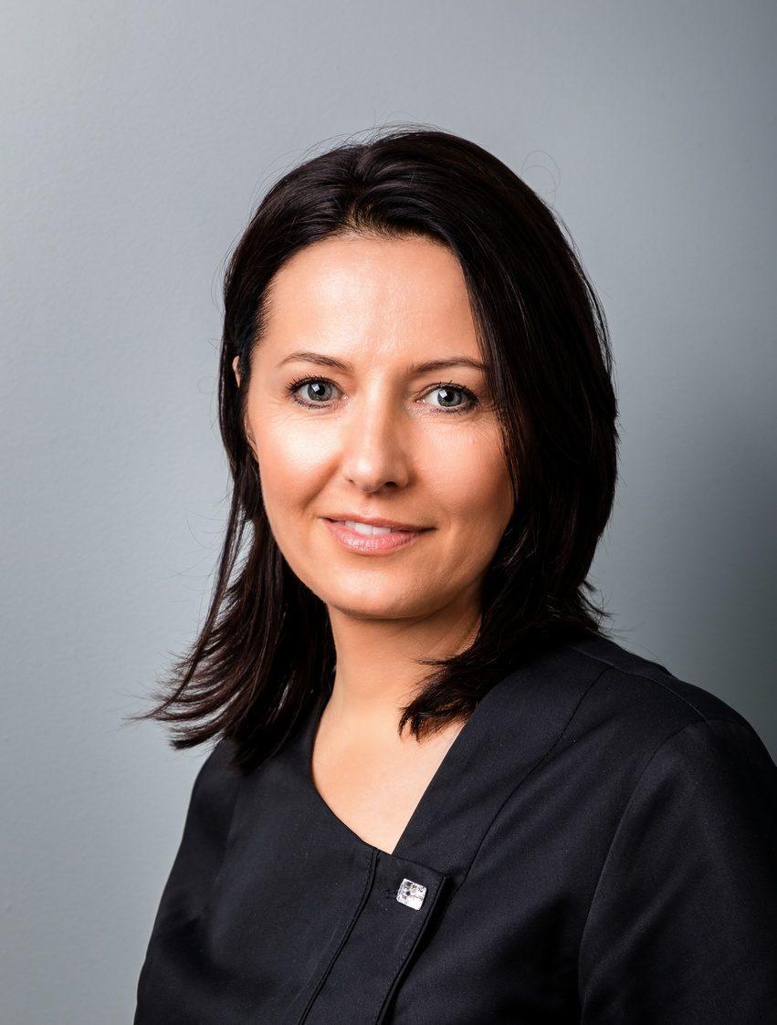 Stomatologia Gliwa Katarzyna Gliwa dentysta e1564409552233 Korony i mosty Katarzyna Gliwa Stomatologia